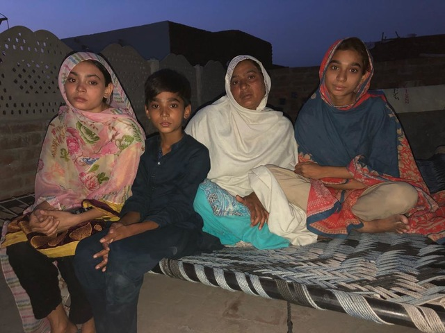 Pakistan: 14-year-old Maira Shahbaz ran away from the kidnapper's house