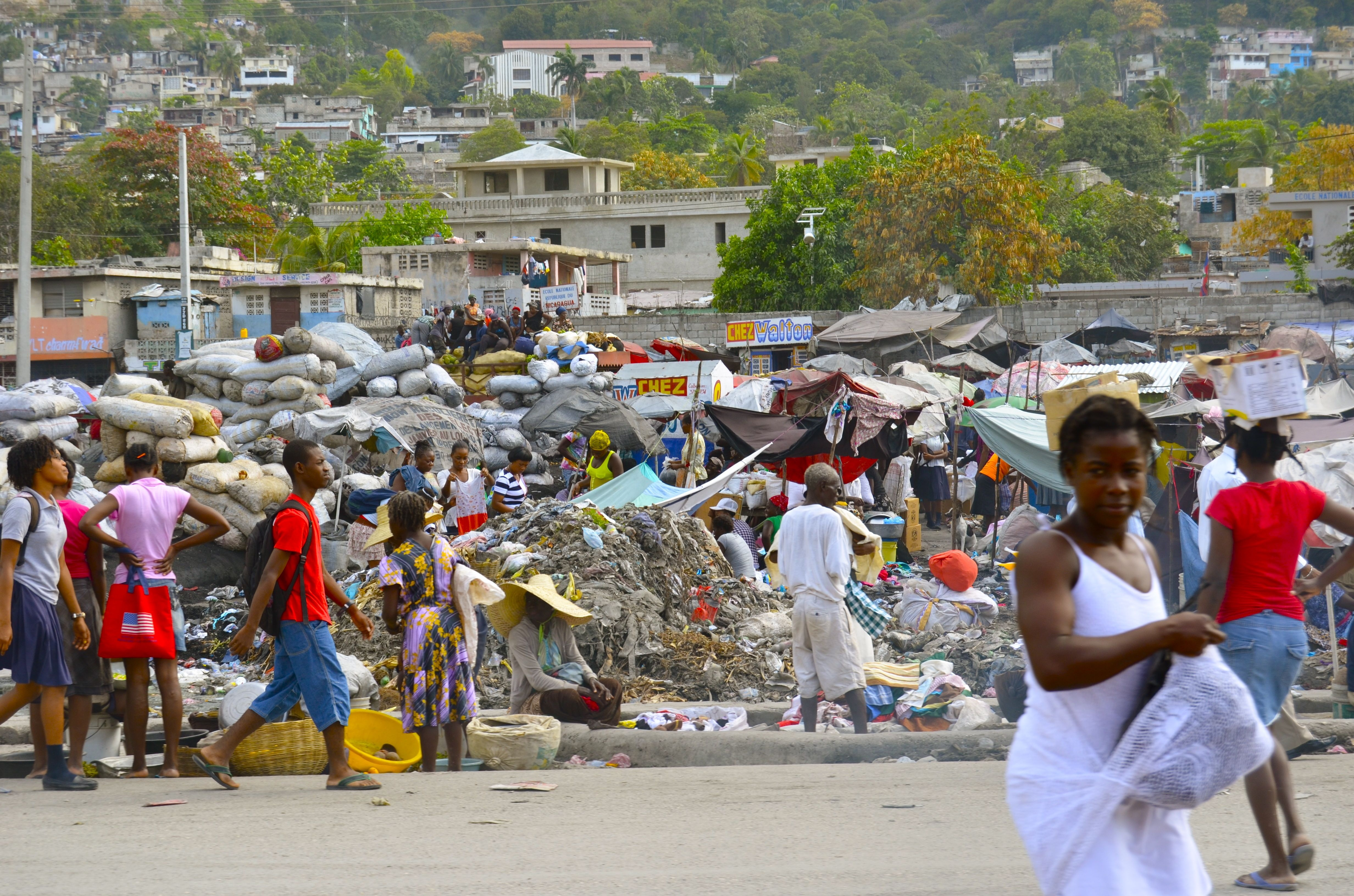 Mexico: Migrant crisis following massive influx of Haitian migrants